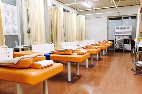 地域最大級の設備で患者様の痛みを改善していきます!